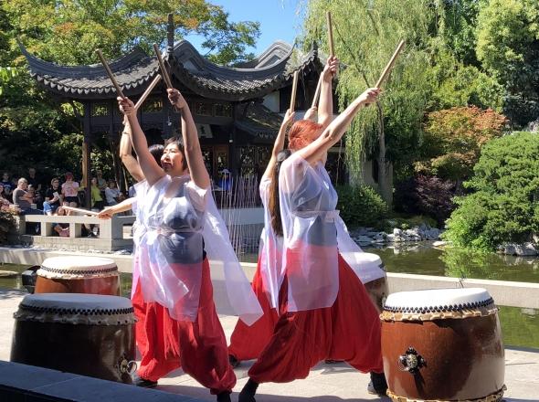 Takohachi - Lan Su Chinese Garden