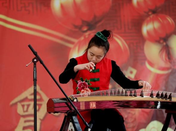 Vivian Zhu